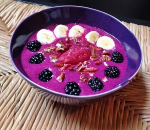 Pineapple Pitaya Superfood Smoothie Bowl Recipe